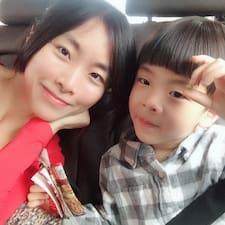 Hsiu Chiung User Profile