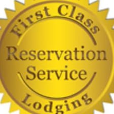 1st Class Lodging is een SuperHost.
