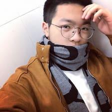 子航 felhasználói profilja