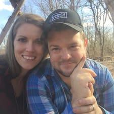 Profil korisnika Brandon And Hannah