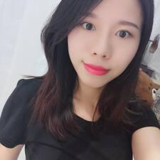 七七 felhasználói profilja