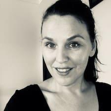 Fiona felhasználói profilja
