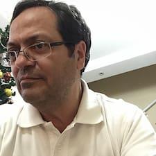 โพรไฟล์ผู้ใช้ Pedro Pereira Dos