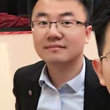 晓 felhasználói profilja