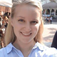 Laura-Maria님의 사용자 프로필