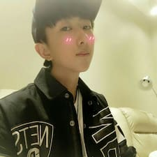 Το προφίλ του/της 杨丰