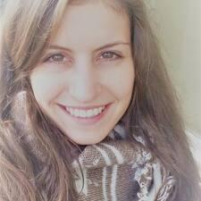 Christina Maria님의 사용자 프로필
