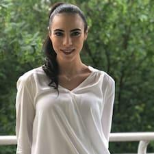 Profil utilisateur de Yasmina