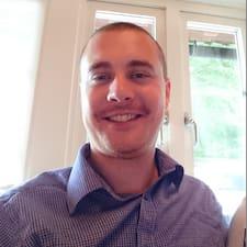Christofer User Profile