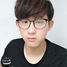 邱 felhasználói profilja