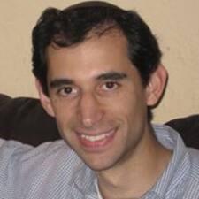 Dani felhasználói profilja