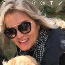 โพรไฟล์ผู้ใช้ Maria De Lourdes