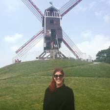 Lauree felhasználói profilja