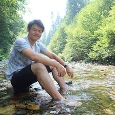 Yi-Hsiang