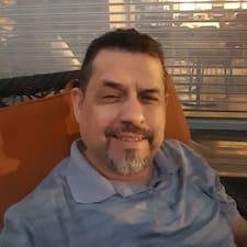 Profil Pengguna Adolfo