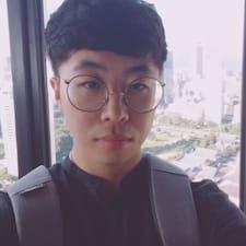 Sung June felhasználói profilja