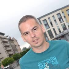 โพรไฟล์ผู้ใช้ Jaroslav