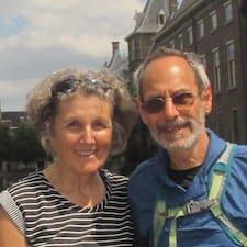 Profilo utente di Howard & Judith