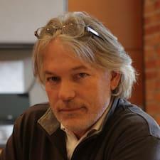 Stuart Brukerprofil
