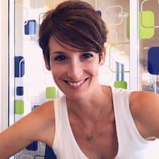 โพรไฟล์ผู้ใช้ Pauline.Tezenasdumontcel@Yahoo.Fr