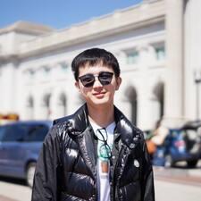 Yunfeng felhasználói profilja