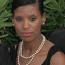 Henkilön Nicole C. käyttäjäprofiili