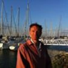 Francois-Xavier felhasználói profilja