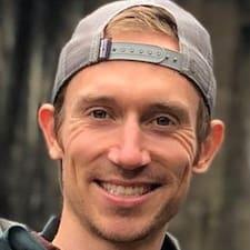 Travis Brugerprofil