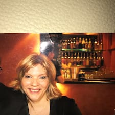 Profil Pengguna Marlene.