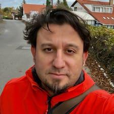 Profil Pengguna Balazs