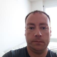 Profil Pengguna Tomaž