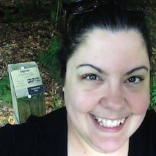 Profil Pengguna Bethany