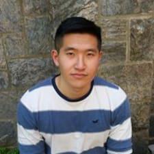 Aiyi User Profile