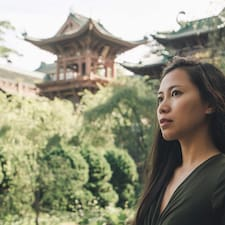 Nhung is a superhost. Learn more about Nhung.
