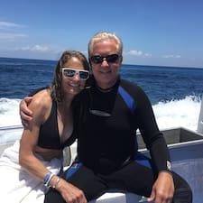 Profilo utente di Michael And Amy