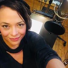 Profil Pengguna Mariana Paola