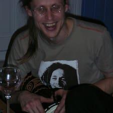 Vemund Lyngås felhasználói profilja