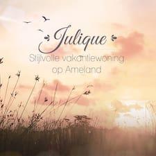 Julique的用戶個人資料