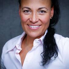 Miriam P. User Profile