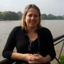 Monica Alicia님의 사용자 프로필