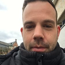 Profil Pengguna Kristof