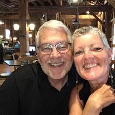 Steve (& Sheri) felhasználói profilja