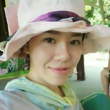 黄丹怡 User Profile
