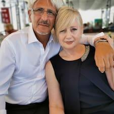 Mirka & Joško — суперхозяин.