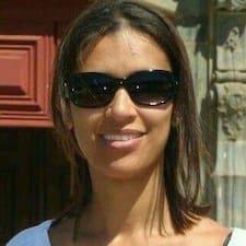 Viviane Cristina Dos est l'hôte.