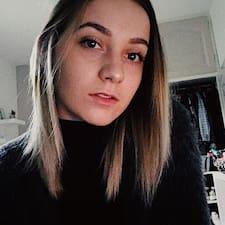 Léa felhasználói profilja