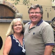 Scott & Linda felhasználói profilja