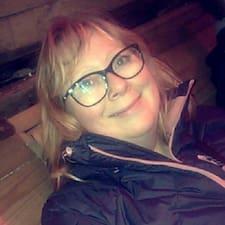 Caroline Brugerprofil