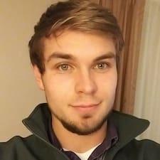 Caleb felhasználói profilja