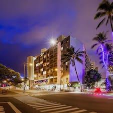 Профиль пользователя Castle Waikiki Grand